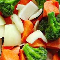 Смешивание замороженных овощей и фруктов